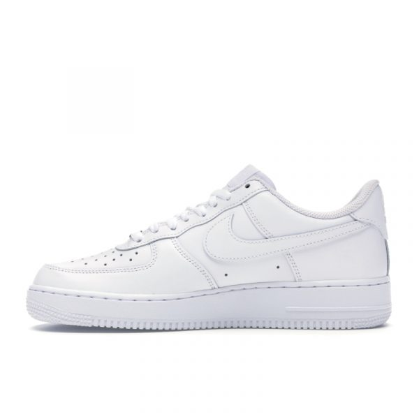 Nike Air Force 1 Low White '07 1